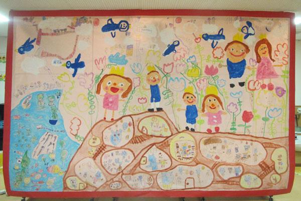 共同画「おやゆびひめ」(4歳児)
