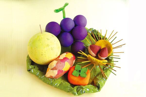 秋の味覚製作④かご(2歳児,3歳児,4歳児,5歳児)