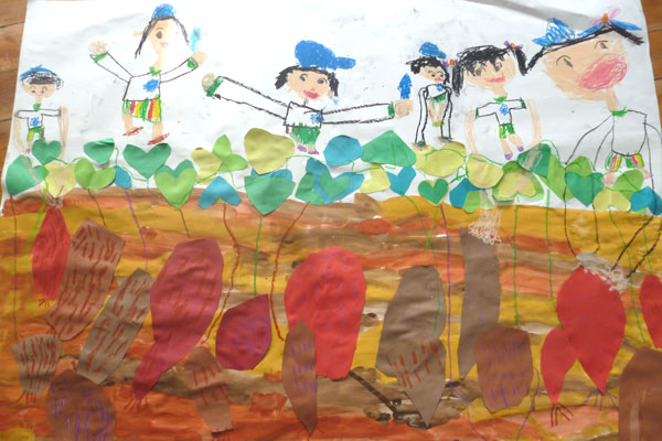 共同製作 「楽しかったイモほり・ミカン狩り (グループ制作)」 (5歳児)