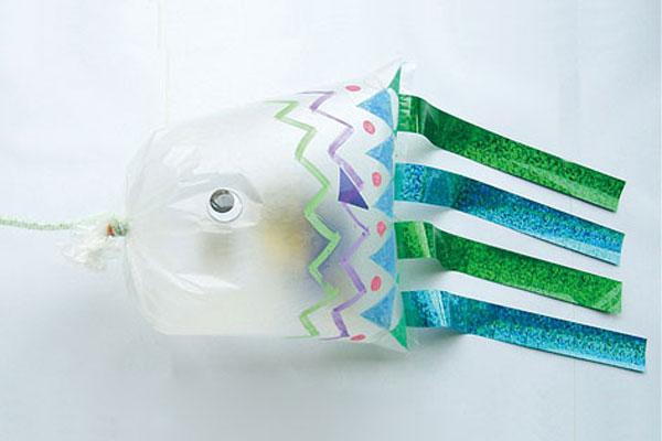 ビニール袋のこいのぼり(3歳児)