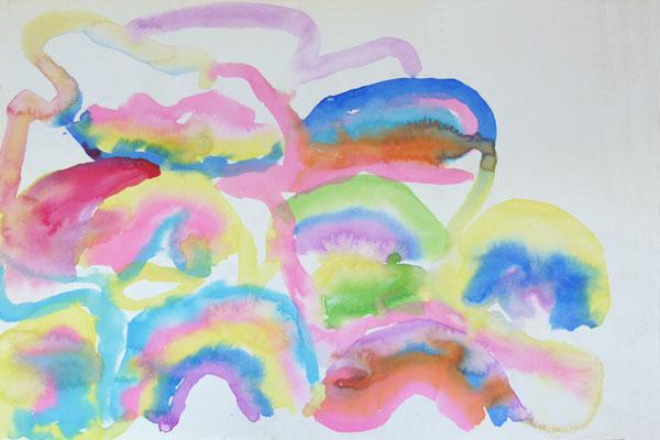 絵の具のにじみを楽しむ①「こんなきれいな虹になったよ!」(5歳児)