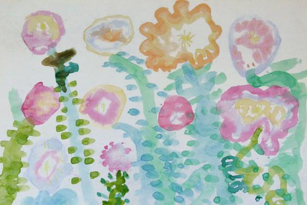 絵の具のにじみを楽しむ③ 「 虹色の花 」 (5歳児)