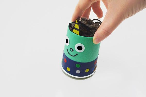 走って逃げる鬼のおもちゃ(3,4歳児)