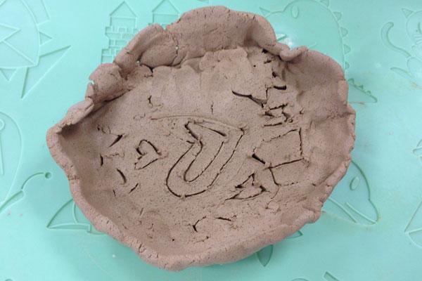 卒園記念作品製作「お皿」 (5歳児)
