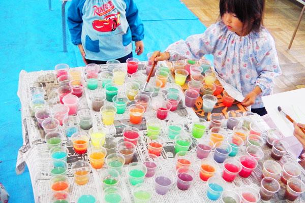 色水遊び(3歳児,4歳児,5歳児)