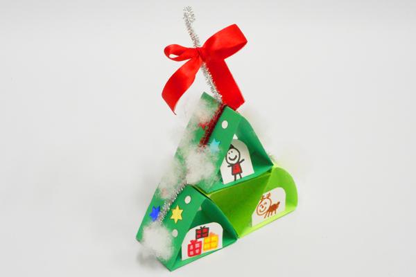 くっつけてくっつけて クリスマスツリー (5歳児)