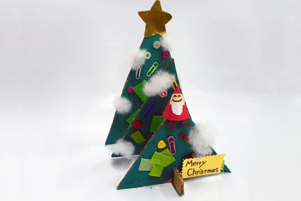 重なる!飛び出る!森のクリスマスツリー(3歳児)