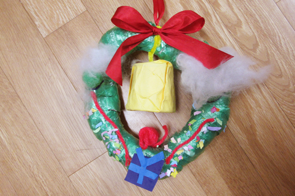 クリスマスリースをつくろう(5歳児)