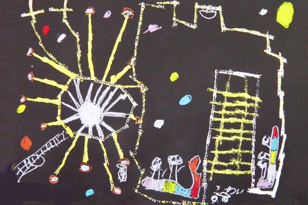夜の遊園地 ~ダンボールスタンプあそび~(4,5歳児)