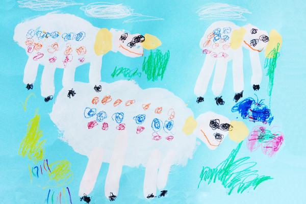 観察画「ひつじ」(4歳児)